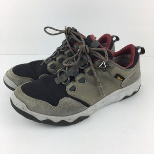 Teva Arrowood Hiking Shoes